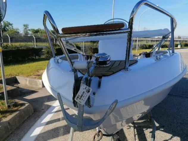 Barca a motoremimi fisherman 19 anno2021 lunghezza mt6
