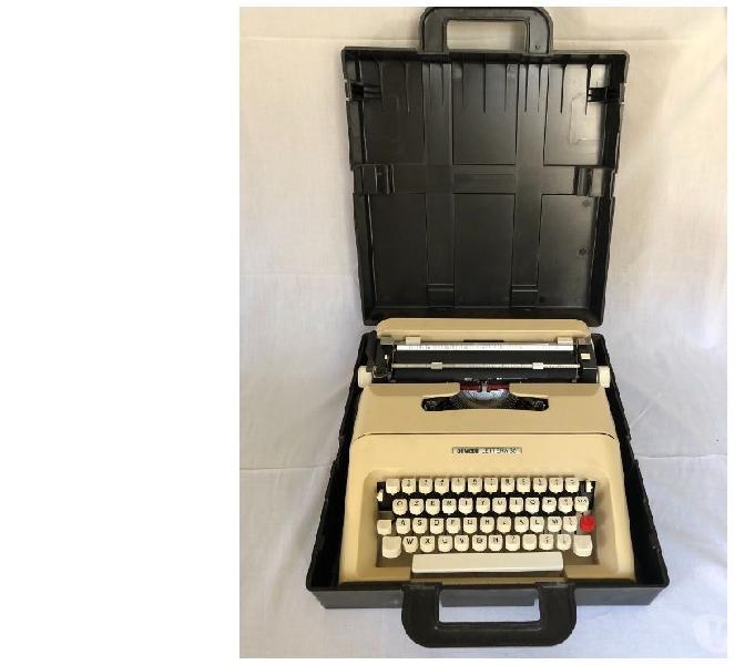 Macchina da scrivere olivetti lettera 35 andria - collezionismo in vendita