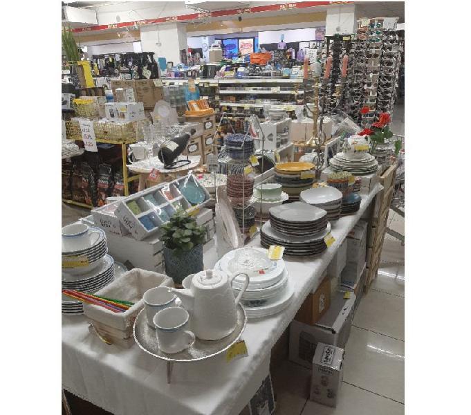 Stock rimanenza di magazzino merci varie soave - casalinghi - articoli per casa e giardino