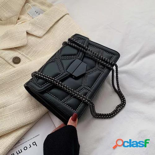 New black bag in spring and summer women's bag 2021 new fashion korean versatile chain one shoulder messenger bag