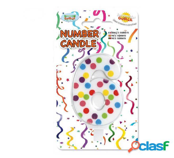 Punti colorati a candela con il numero 6.