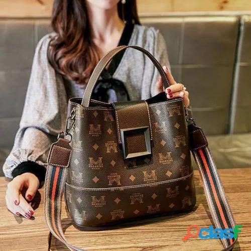 New leather texture net red women's bag 2021 new wide shoulder belt bucket bag fashion one shoulder messenger bag women's handbag