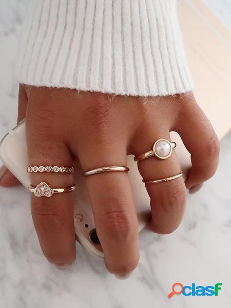 Yoins set di anelli in lega di diamanti con cuore d'oro da 5 pezzi