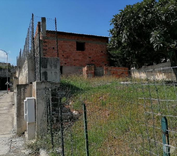 CASA SINGOLA CON GIARDINO Sant'Agata di Militello - Casa in vendita