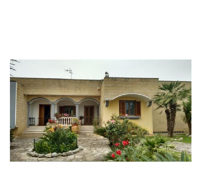 Rifinita Villa Su unico livello Lecce – via Merine Lecce - Casa in vendita