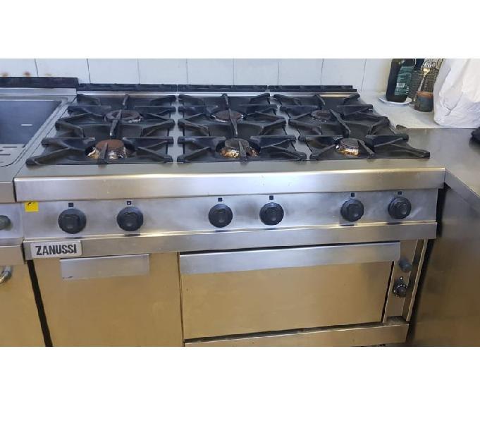Cucina gas (zanussi) 6 fuochi usata revisionata trecenta