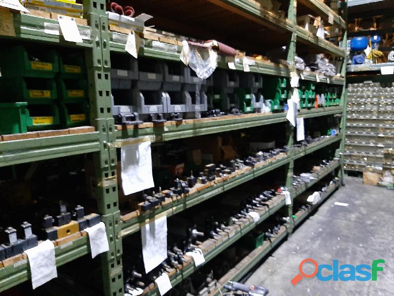 Magazzino componenti meccanici e oleodinamici