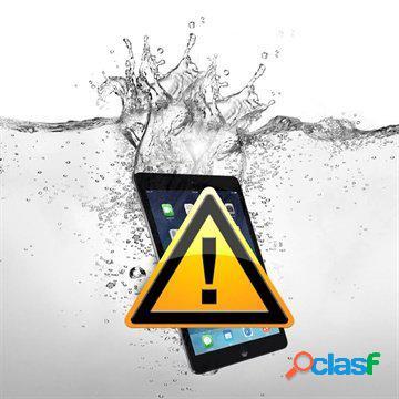 Riparazione dei danni causati dall'acqua sul samsung galaxy tab s3 9.7