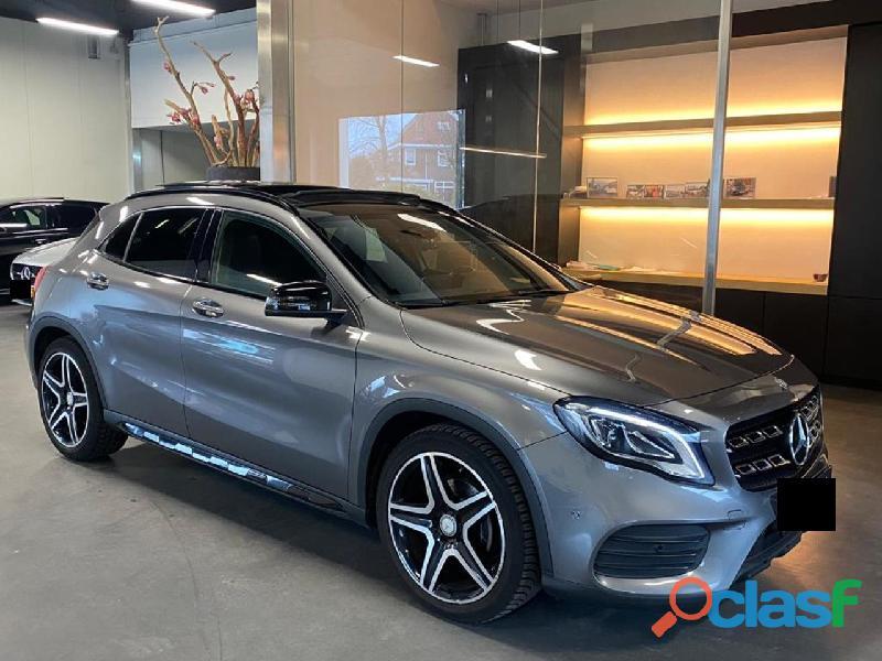 Mercedes benz gla classe 180 amg night panoramico memory harman kardon