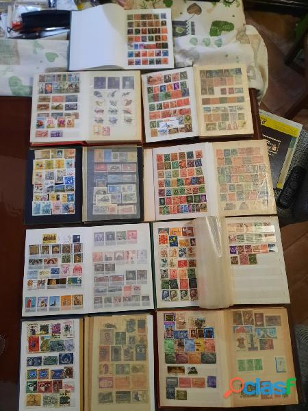 francobolli nazionali ed internazionali con raccoglitori