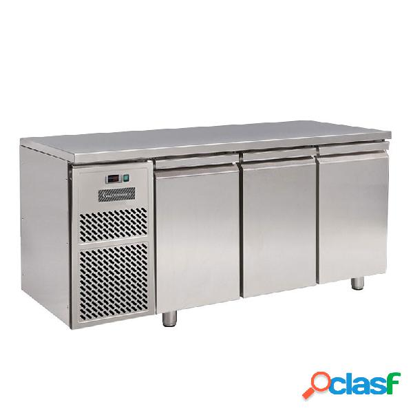Tavolo refrigerato motore a sinistra 3 porte prof. 600 mm 0°c/+10°c classe energetica d