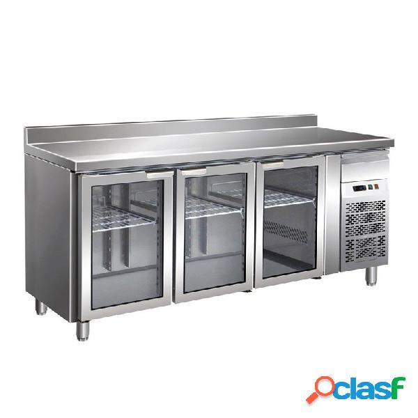 Tavolo refrigerato ventilato, prof. 700 con 3 porte in vetro e alzatina, temperatura +2°c/+8°c